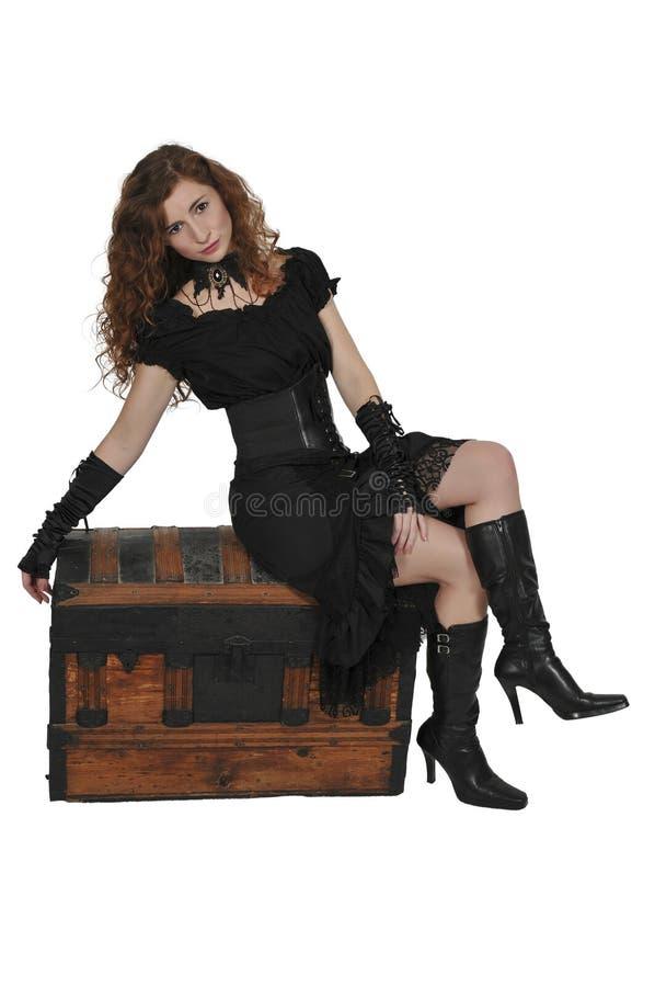 妇女海盗开头胸口 免版税库存照片