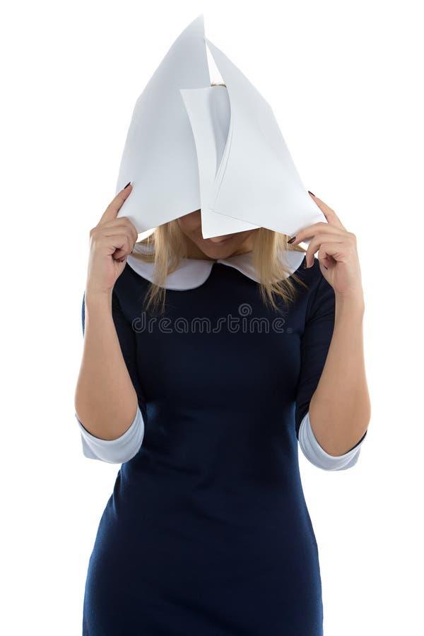 妇女照片掩藏在板料下 图库摄影