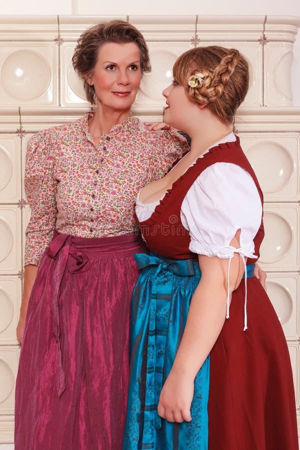 妇女的两世代少女装的 库存图片