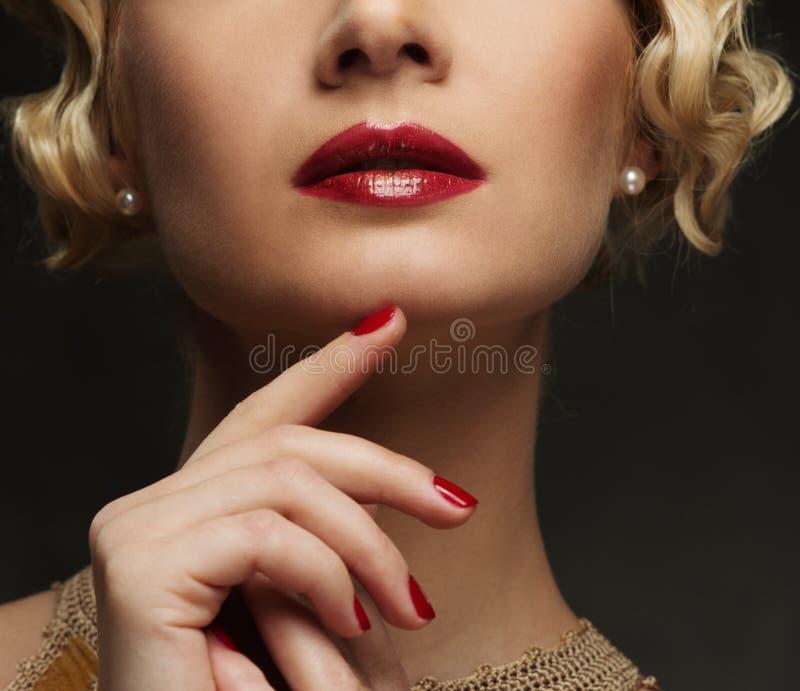 妇女的嘴唇 免版税库存图片