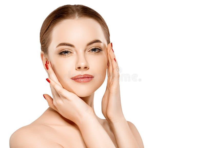 妇女秀丽在与健康皮肤的白色隔绝的面孔画象 免版税库存照片