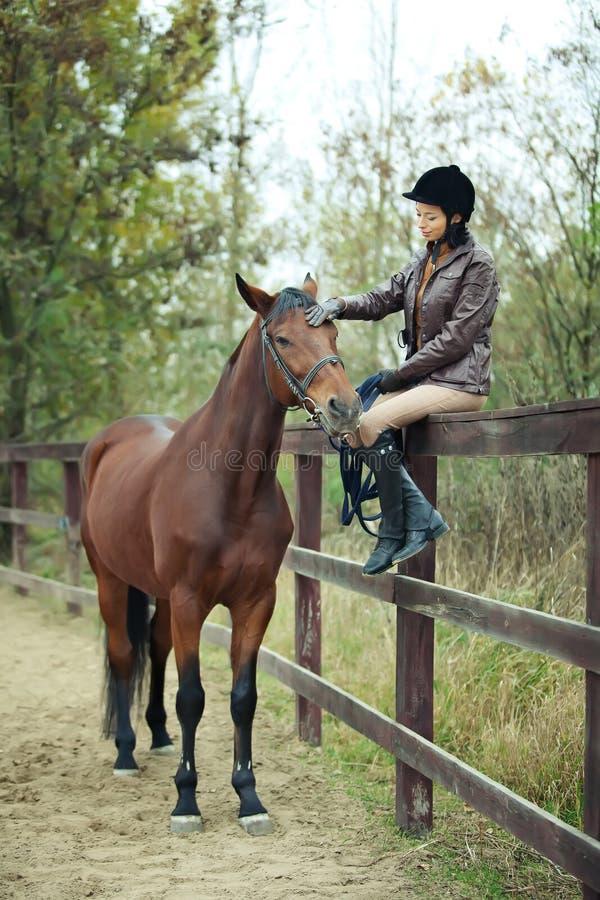 妇女骑师 免版税图库摄影