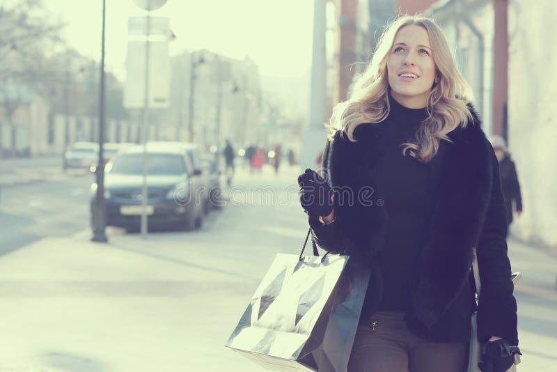妇女购物的概念 库存照片
