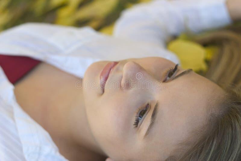 Download 妇女 库存图片. 图片 包括有 女孩, 放松, 表面, 十几岁, 少年, beautifuler, 青少年, 妇女 - 50551