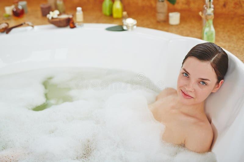 浴妇女 库存图片