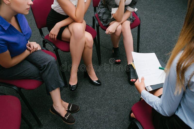妇女` s就业咨询工作面试 库存图片