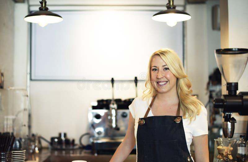 妇女Barista咖啡店咖啡馆幸福概念 库存图片