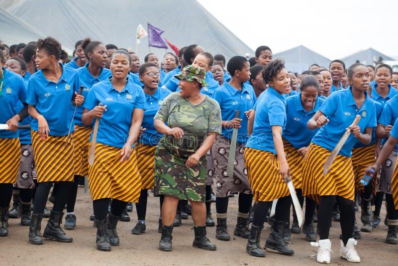 姆巴巴纳,斯威士兰,芦苇节里德舞蹈仪式,每年传统全国礼拜式,一八天庆祝 库存图片