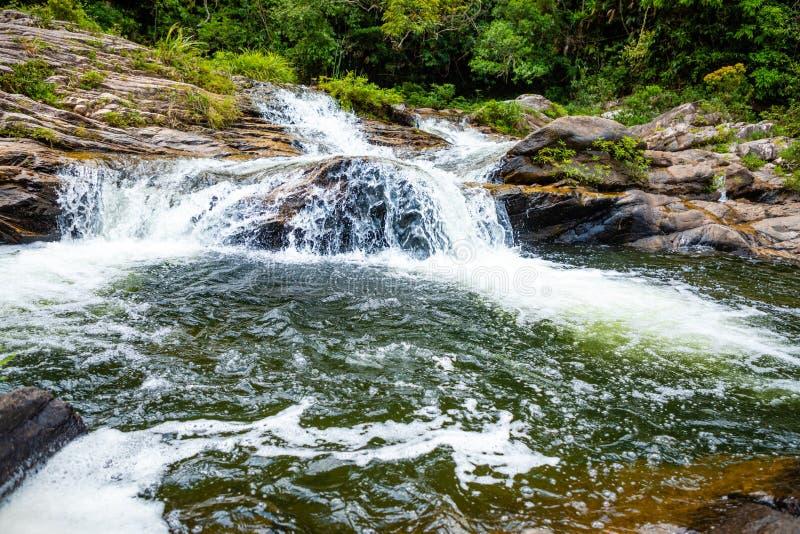姐妹瀑布风景,南部海南省,中国的本质 免版税库存图片