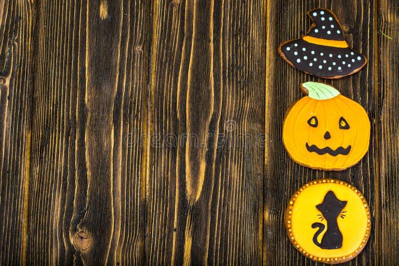 姜饼为万圣夜 孩子的滑稽的假日食物 库存照片