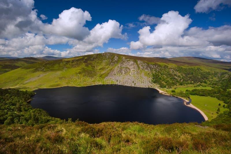 威克洛山的Guinness湖在都伯林,爱尔兰 库存照片