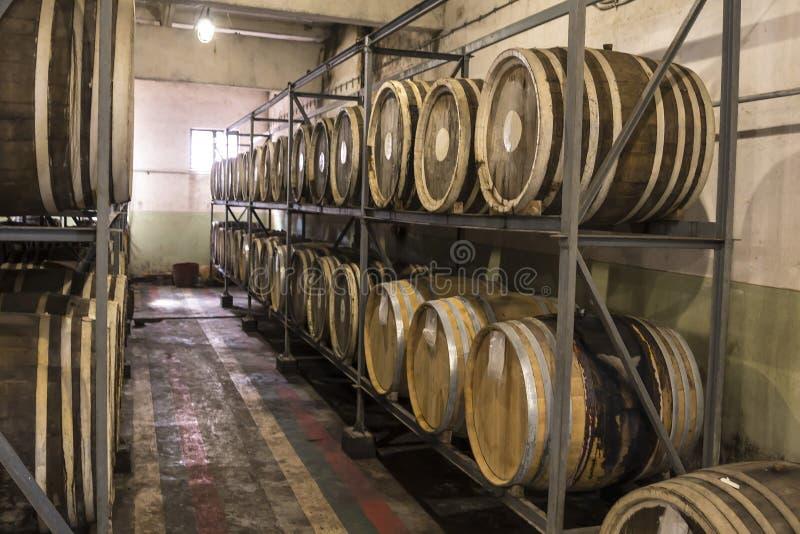 威士忌酒和白兰地酒槽坊 免版税库存照片