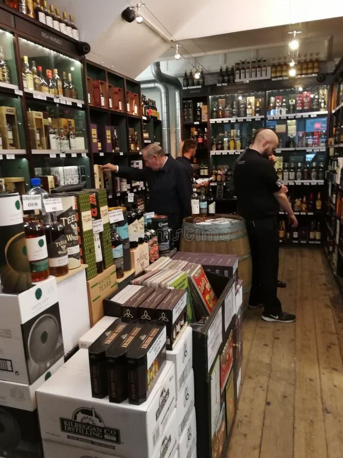 威士忌酒商店在都伯林 库存图片