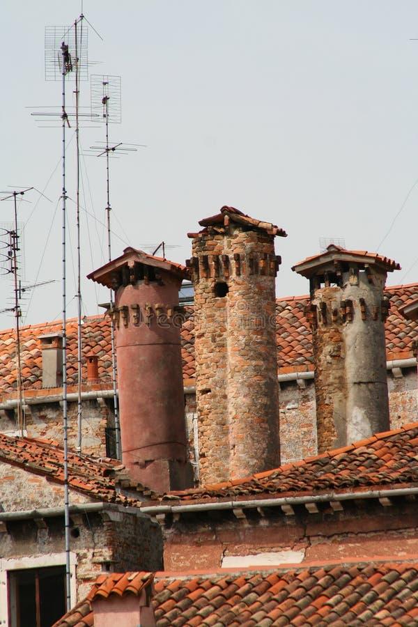威尼斯、屋顶和烟囱 免版税库存照片