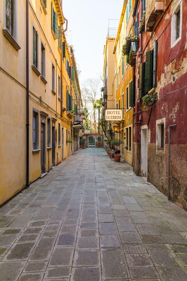 威尼斯五颜六色的街道  库存图片