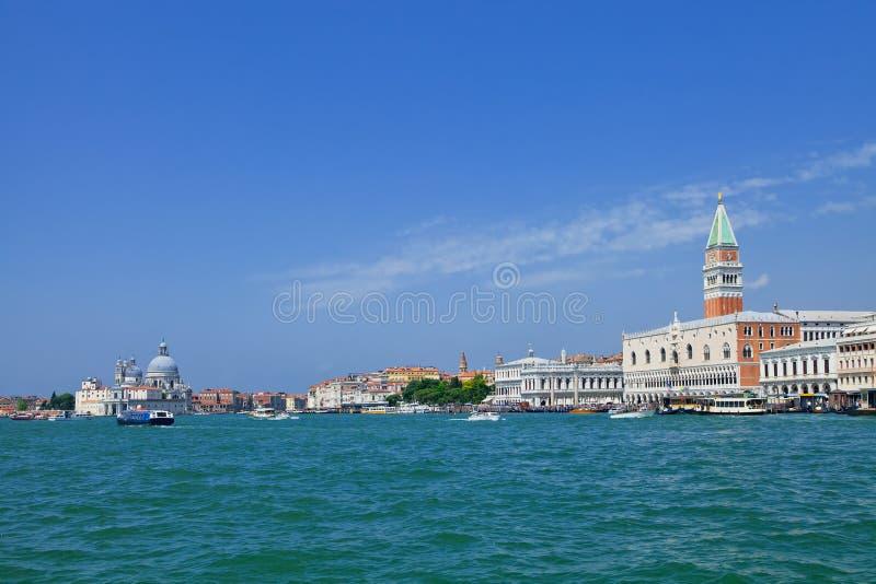 威尼斯全景从海的 库存图片