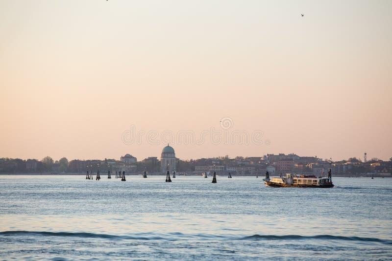 威尼斯在日出的市地平线 库存照片