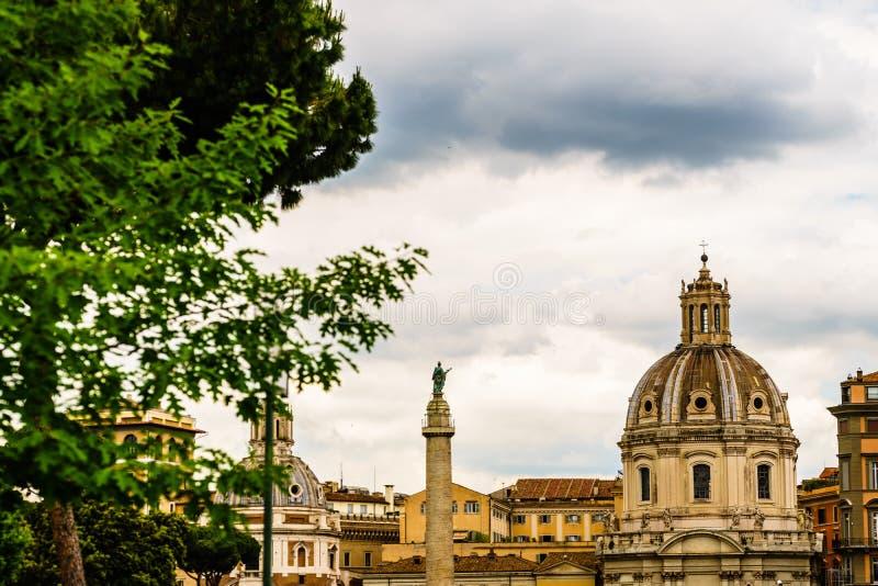 威尼斯广场广场Venezia看法  威尼斯广场位于罗马的心脏,围拢由几个地标,包括好朋友 免版税库存图片