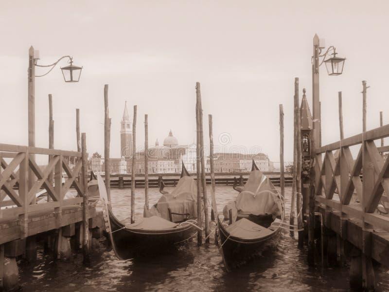 威尼斯式的长平底船 库存图片