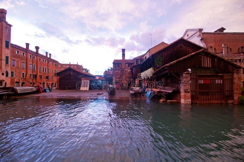 威尼斯意大利圣Trovaso squero视图 图库摄影