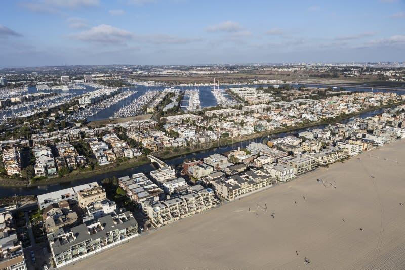 威尼斯海滩洛杉矶加利福尼亚下午鸟瞰图  免版税库存图片