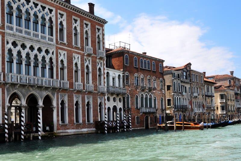 威尼斯运河水路在意大利 免版税库存图片
