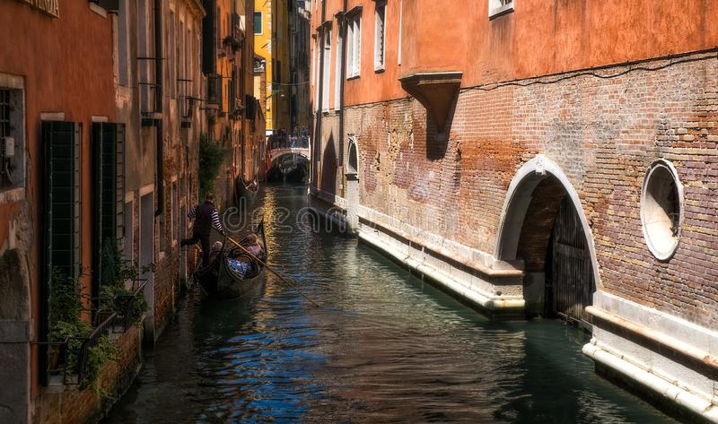 威尼斯运河的秘密角落  图库摄影