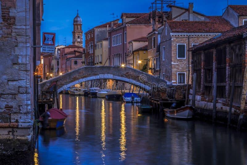 威尼斯,在长平底船造船厂附近 免版税库存图片