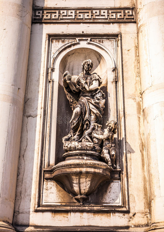 威尼斯,意大利- 2016年8月19日:著名威尼斯雕象&雕塑在历史名城北意大利2016 8月19日i 免版税库存照片