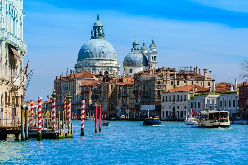 威尼斯,意大利- 2016年4月14日:从S的看法 Sa的Marco港口 免版税图库摄影