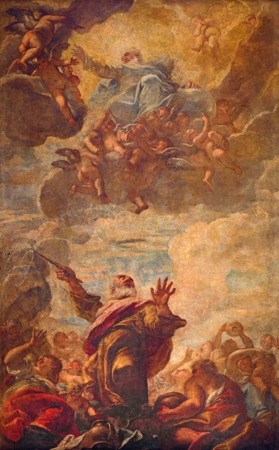 威尼斯-场面天花板壁画-摩西在教会基耶萨di圣Moise里撞击从一个岩石的水 库存照片
