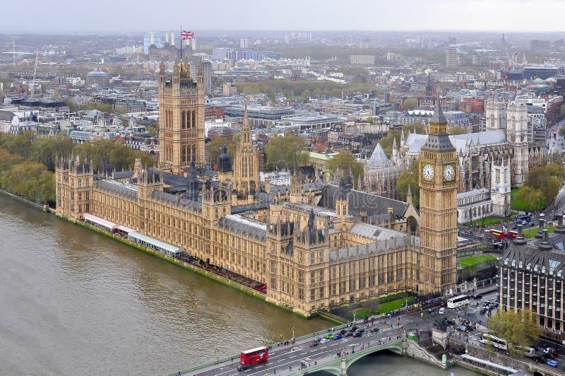 威斯敏斯特宫殿和大本钟,伦敦,英国 免版税库存图片