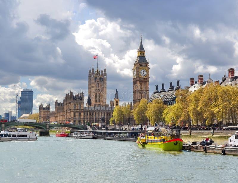 威斯敏斯特议会和大本钟,伦敦,英国宫殿议院  库存图片