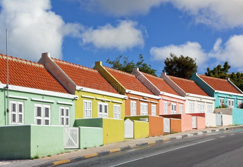 威廉斯塔德的,库拉索岛五颜六色的议院 图库摄影