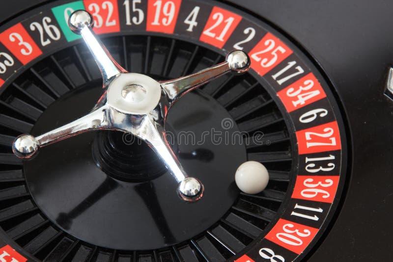 娱乐场红色轮盘赌范围 免版税库存图片