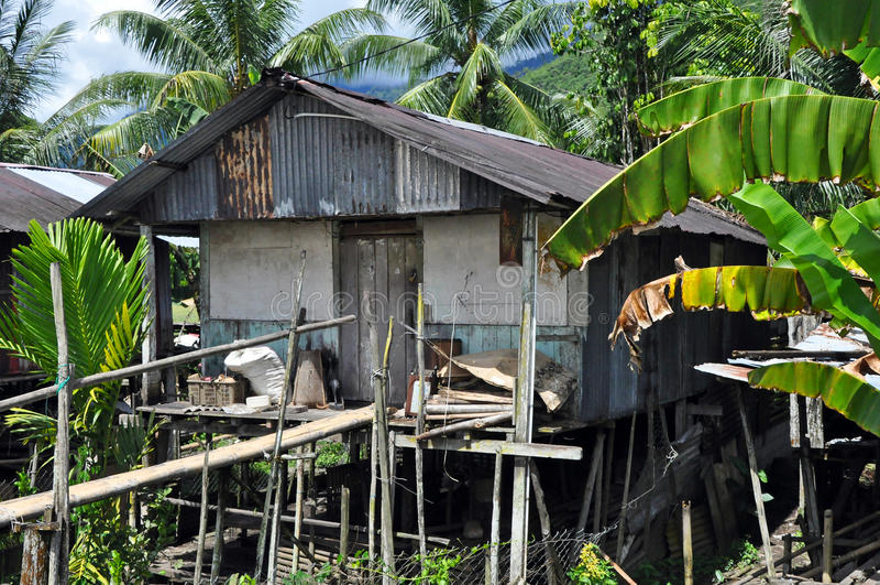 婆罗洲猎头房子 免版税库存照片