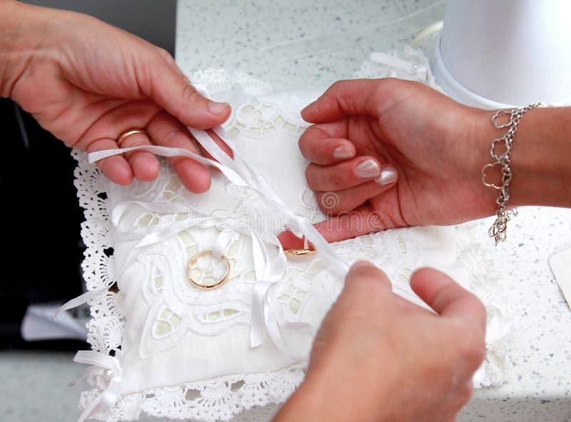 婚姻,愉快和乐趣大家的 免版税库存照片