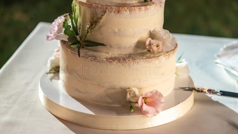 婚宴喜饼在桌上 库存图片