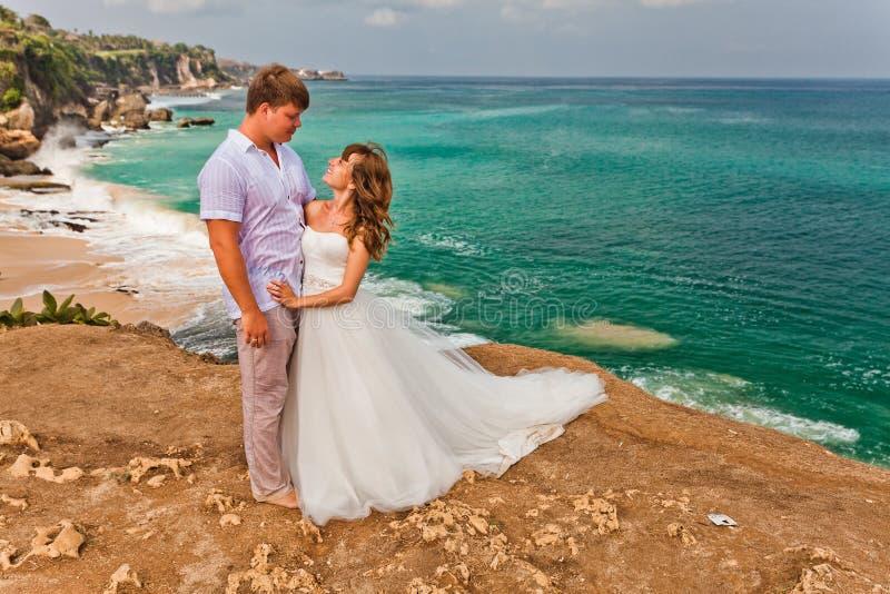 结婚的婚礼夫妇 免版税图库摄影