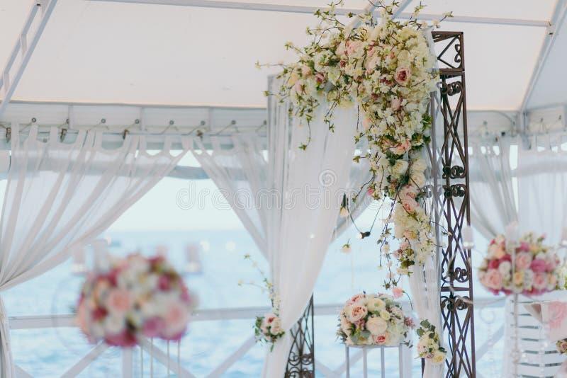 婚礼曲拱仪式 库存照片