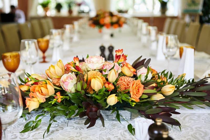 婚礼桌餐位餐具 免版税图库摄影