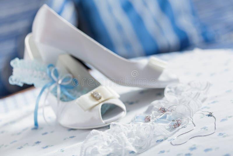 婚礼礼服和辅助部件 库存图片