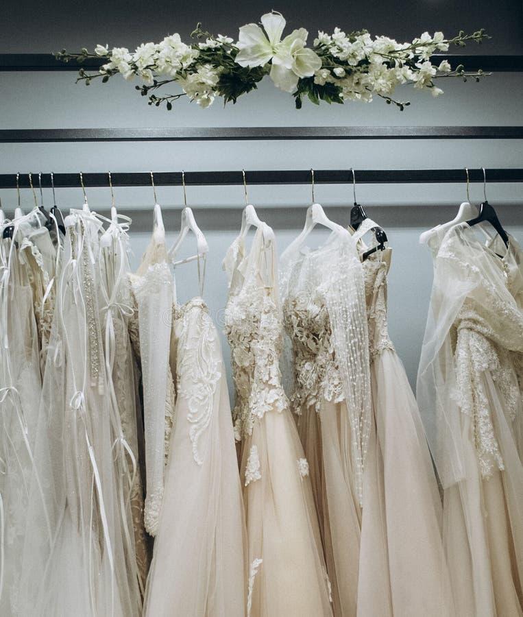 婚礼礼服衣橱  免版税库存图片