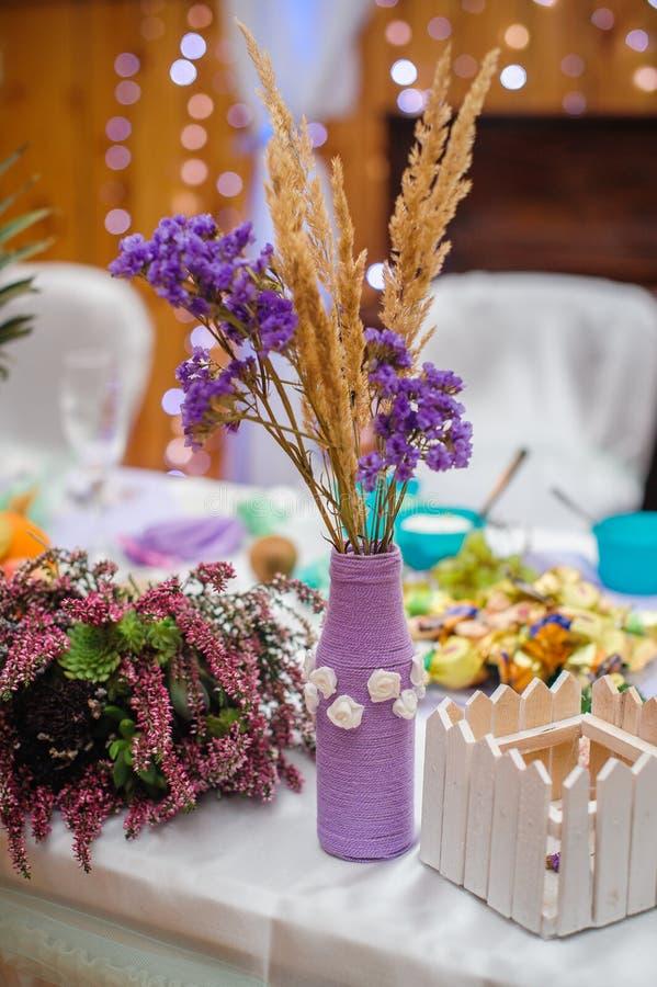 婚礼细节和招待会的汇集从仪式的 免版税库存图片