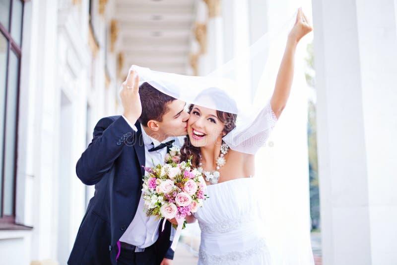 婚姻在秋天 库存照片