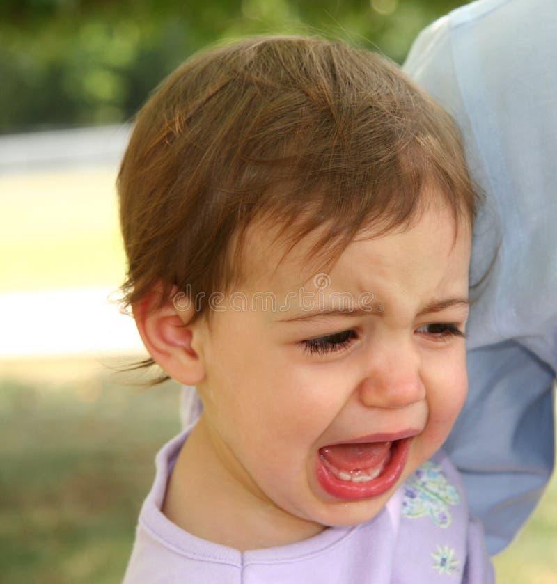 婴孩哭泣的女孩 免版税库存照片