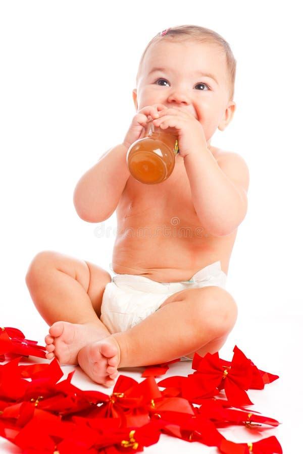 婴孩喝 库存图片