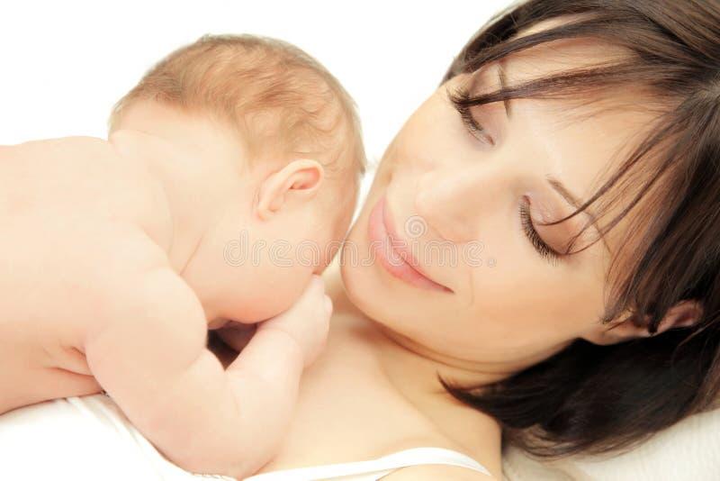 婴孩愉快的母亲 免版税库存图片
