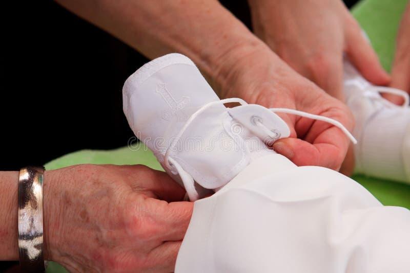 婴孩洗礼仪式 库存图片