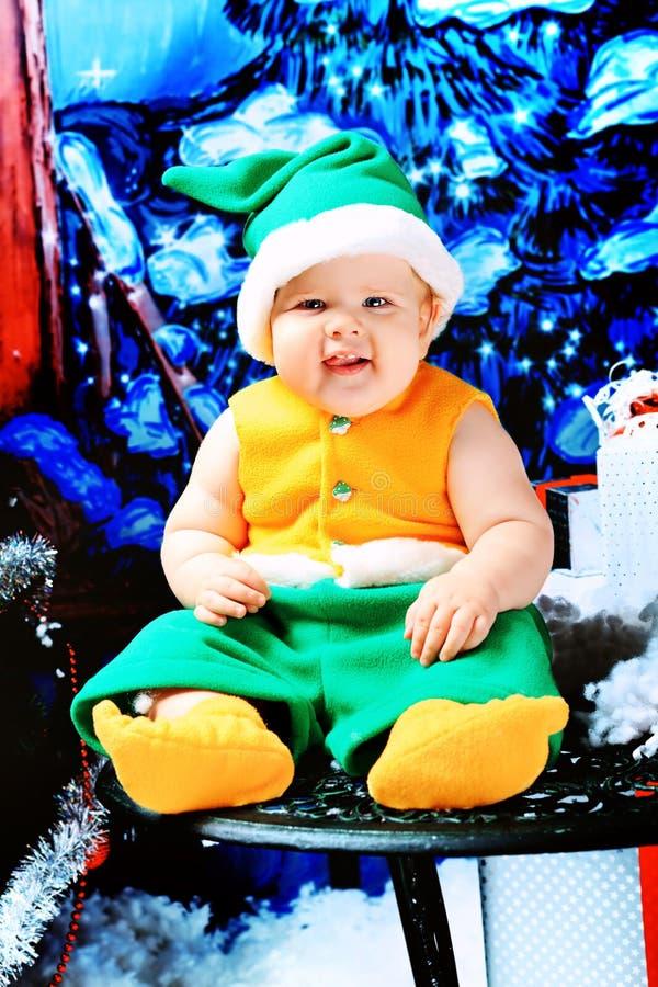 Download 婴孩矮子 库存图片. 图片 包括有 乐趣, 子项, 矮子, 衣裳, 庆祝, beautifuler, 敬慕 - 22355513